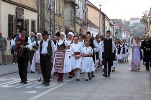 karlovacka-berba-grozdjenbal 5e999cb3f309ab12ca038066a7d1f69b